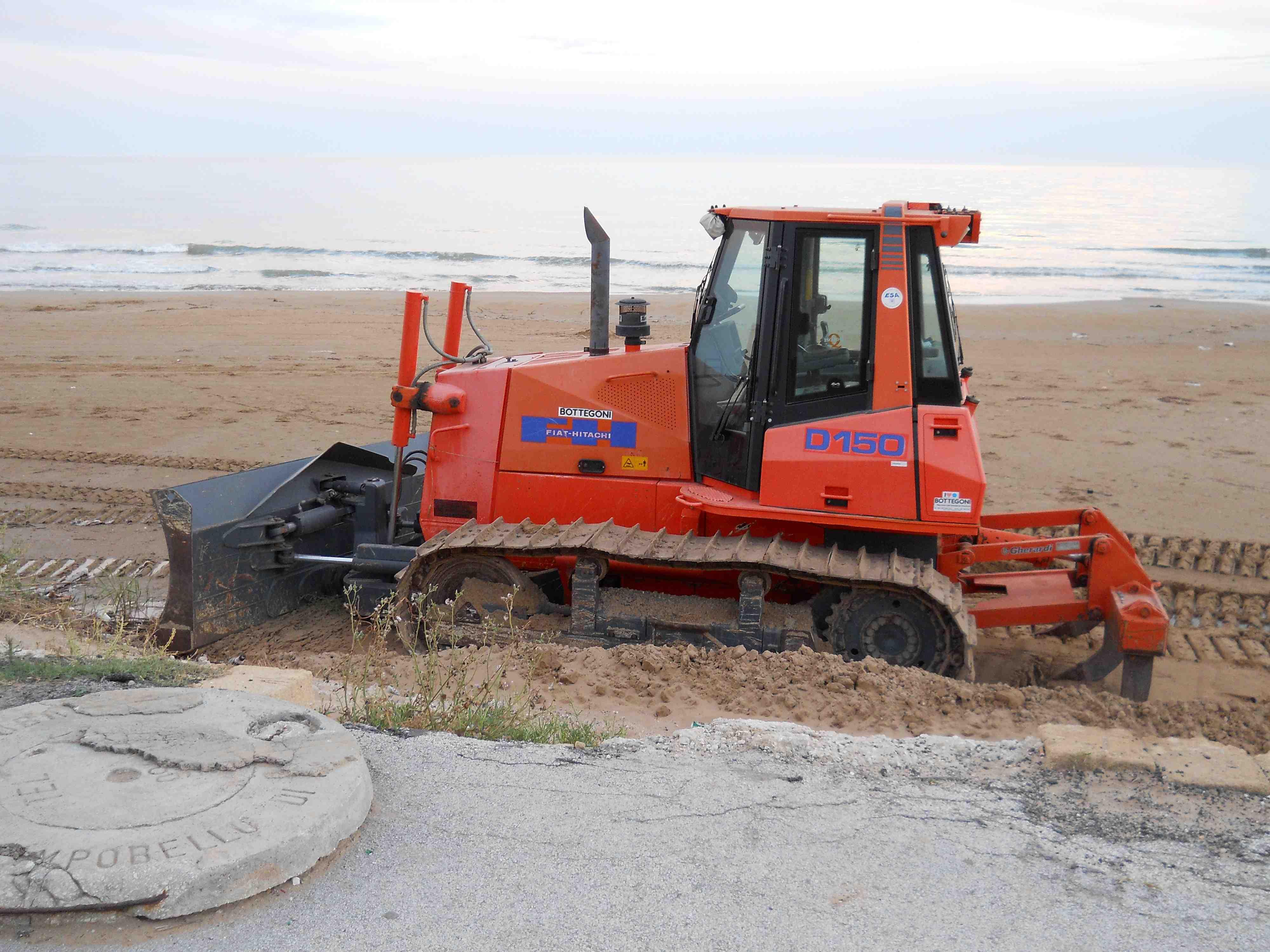 Campobello, iniziati i lavori per la rimozione della sabbia