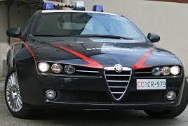 auto carabinieri 31