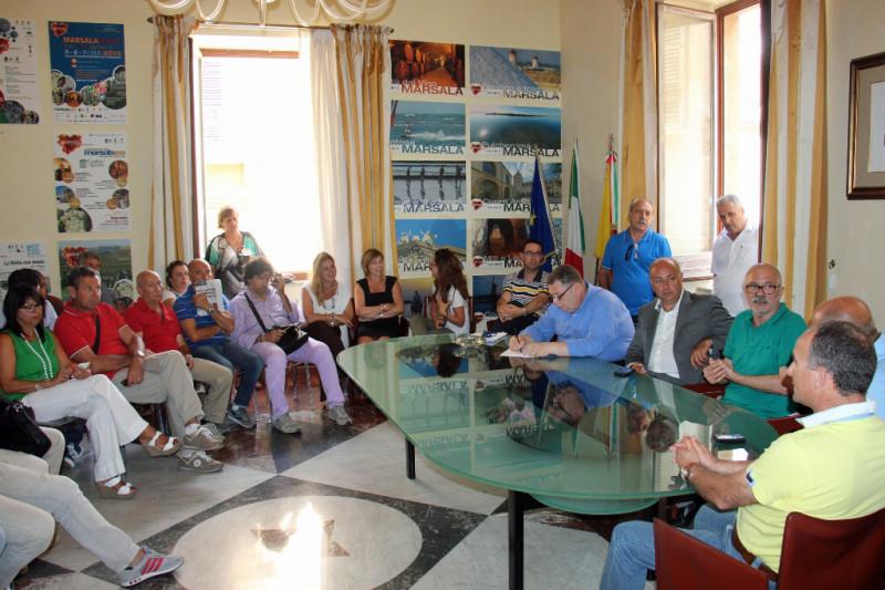 Marsala, sindacati e dipendenti incontrano il sindaco ...