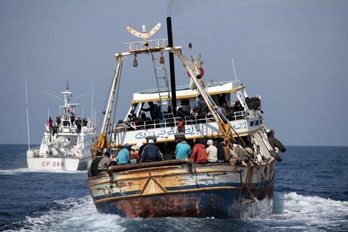 Sbarchi, in arrivo nel pomeriggio a Messina 900 migranti soccorsi