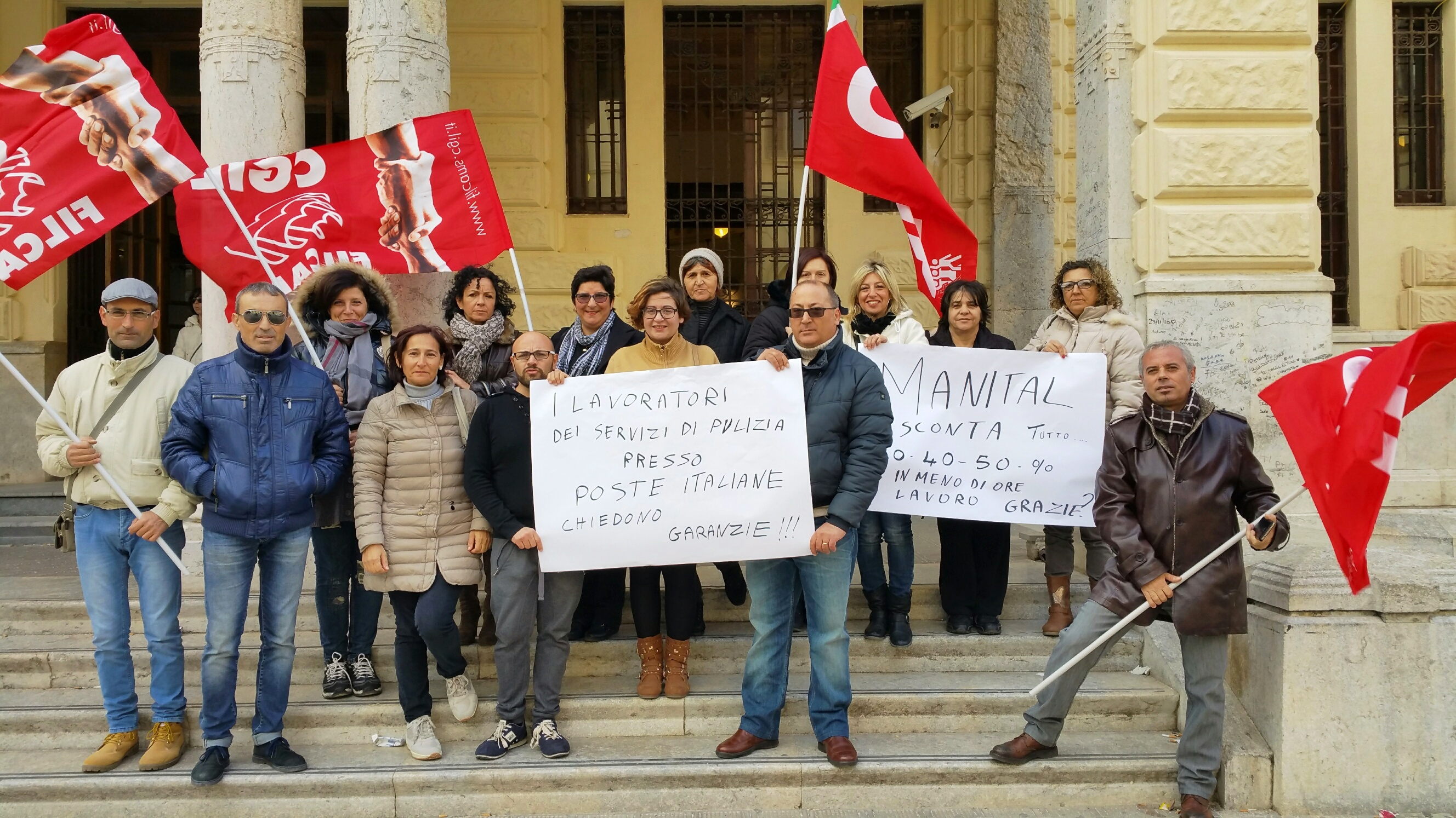 Poste Italiane: da oggi sciopero a oltranza dei lavoratori che svolgono il servizio di pulizie nelle filiali