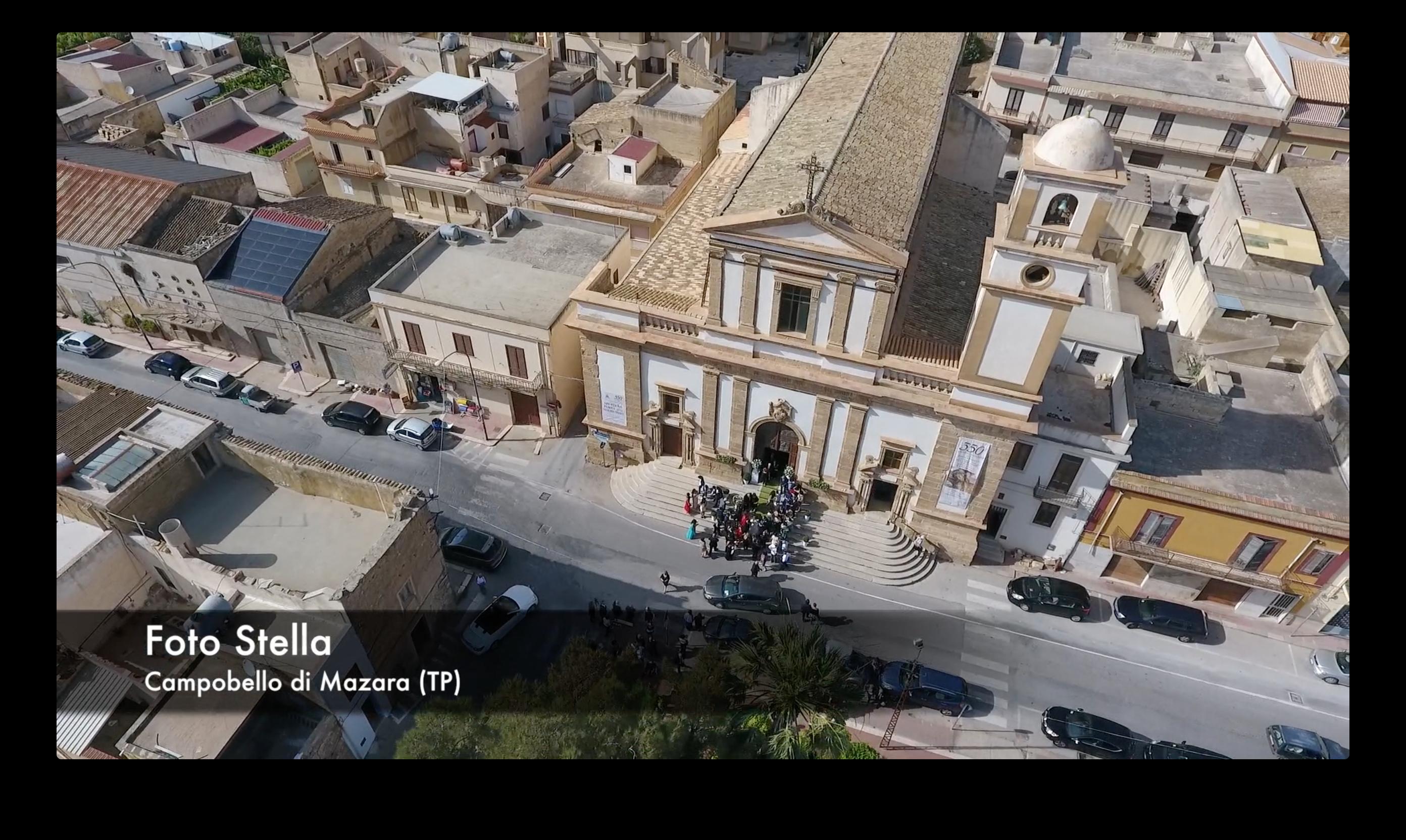 Campobello: La Chiesa Madre vista dall'alto.