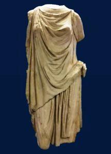 statua-recuperata-216x300