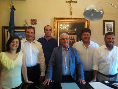 Castellammare del G.: Assessore della giunta Coppola si dimette da consigliere comunale