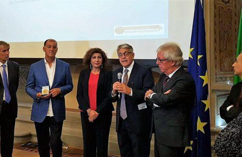 """Firenze, Consegnato il """"Premio Cittadino Europeo 2017"""" ai pescatori di Mazara del Vallo"""