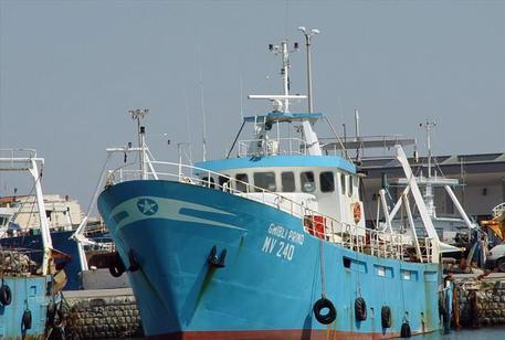 Peschereccio mazarese sequestrato da tunisini: a bordo 5 militari armati