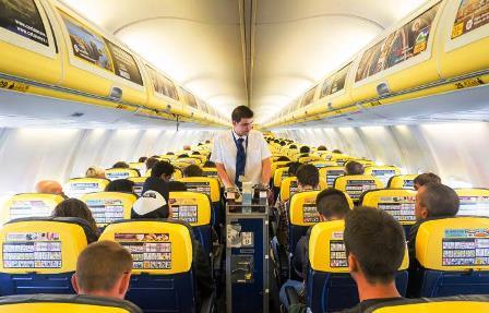 Botte da orbi a 10 mila metri di quota, sul volo Palermo Torino