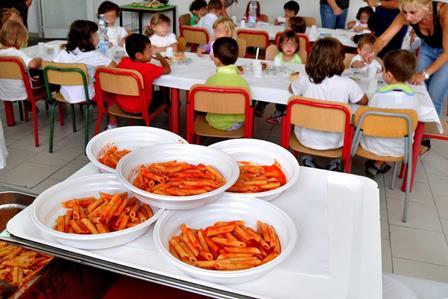 CAMPOBELLO. Mensa scolastica per gli alunni della scuola dell'infanzia e primaria: sul sito del Comune di Campobello l'avviso per la manifestazione di interesse