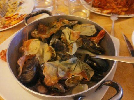 Conto da 1.100 a Venezia, per frittura di pesce e quattro bistecche